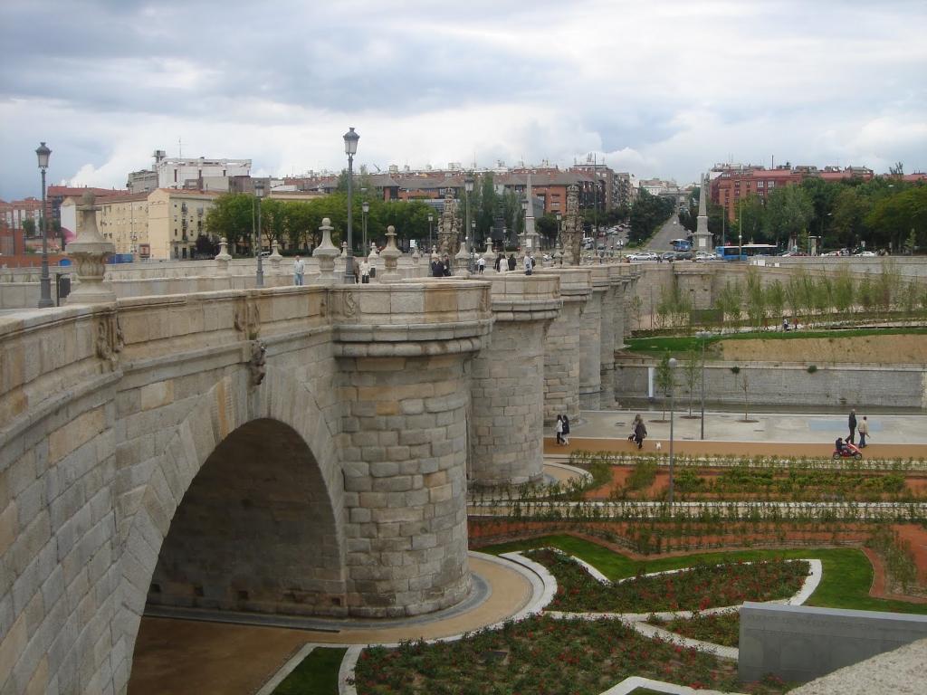 Puente De Toledo In Madrid Places Of Interest In Spain